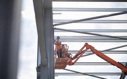 Quels engins de chantier pour les travaux en hauteur?