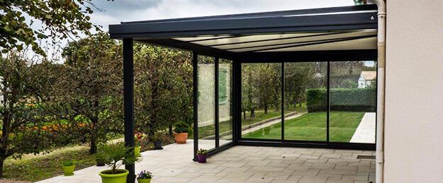 immobilier guide jardin en savoir plus sur les atouts formidables de la pergola. Black Bedroom Furniture Sets. Home Design Ideas