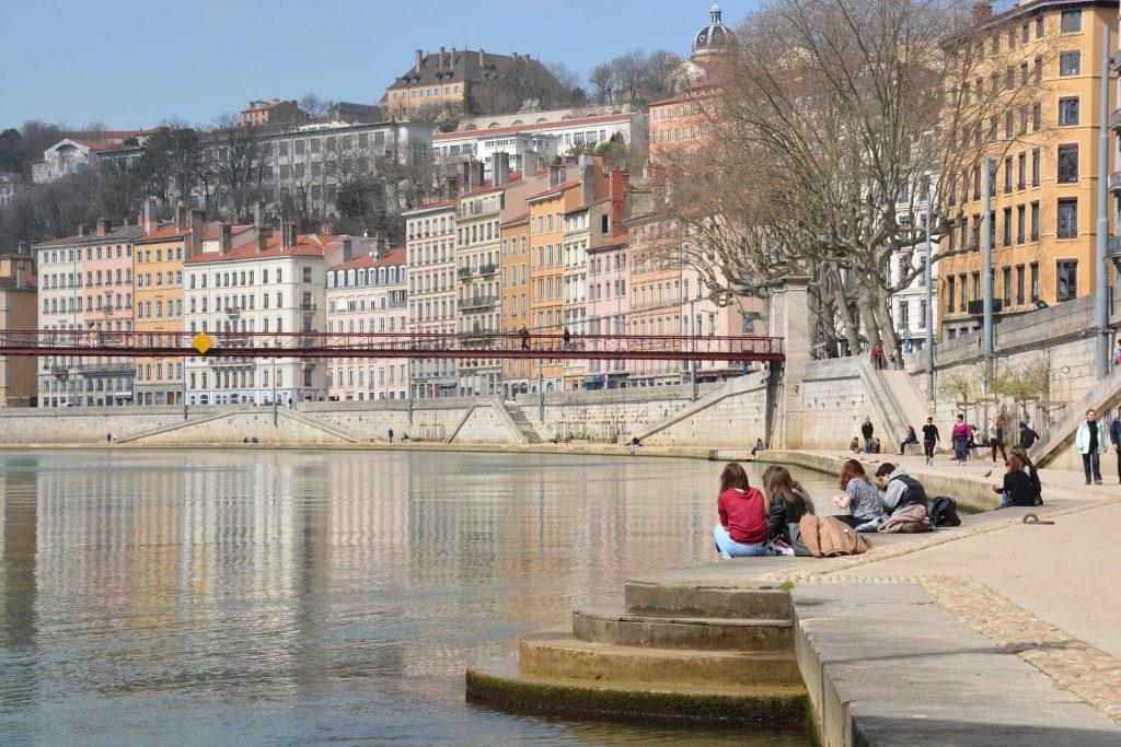 Les quais de Saône au printemps